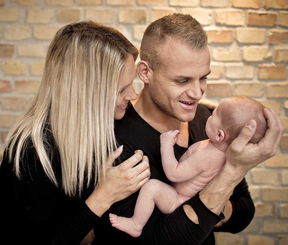 Familiefotografering tilpasset netop din familie. Om det er i studie eller ude i naturen
