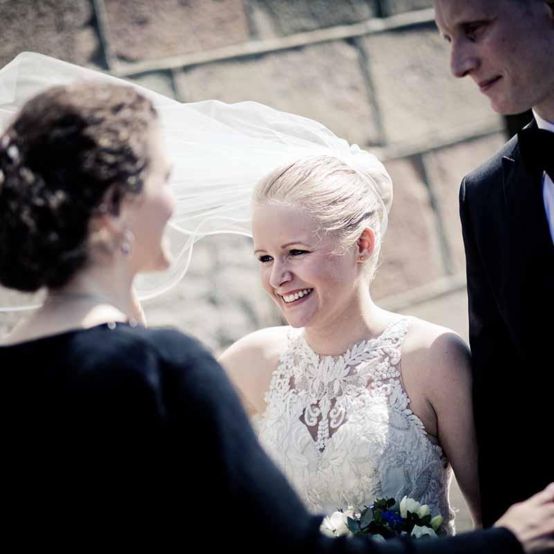 Bryllupsfotograf Silkeborg der vil noget med sine bryllupsfotos