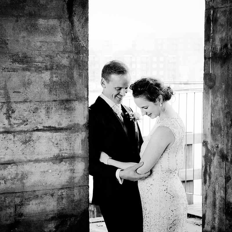 Dygtig bryllupsfotograf Silkeborg til anerledes og spændende bryllupsfoto i Horsens